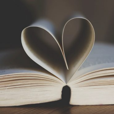 9 Libri di viaggi da portare con te ad ogni partenza!
