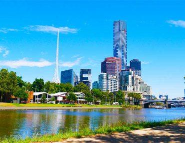 La vista della città dallo Yarra River - Melbourne